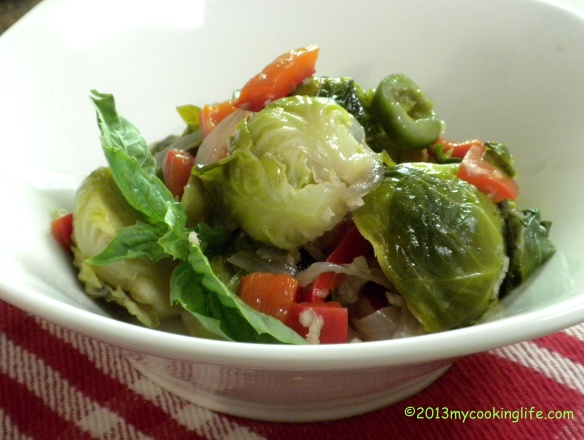 BEAUTIFUL WARM BRUSSELS SPROT SALAD